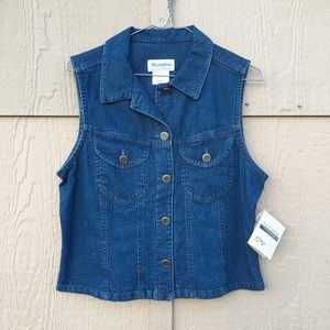 Necessities NWT Denim top shirt Size Small
